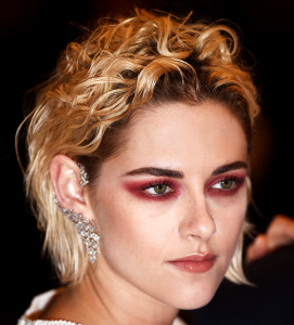 "CANNES, FRANCE - MAY 17:  Actress Kristen Stewart attends the ""Personal Shopper"" premiere during the 69th annual Cannes Film Festival at the Palais des Festivals on May 17, 2016 in Cannes, France.  (Photo by Ian Gavan/Getty Images)"